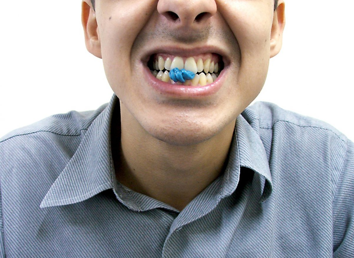 Piaskowanie zębów