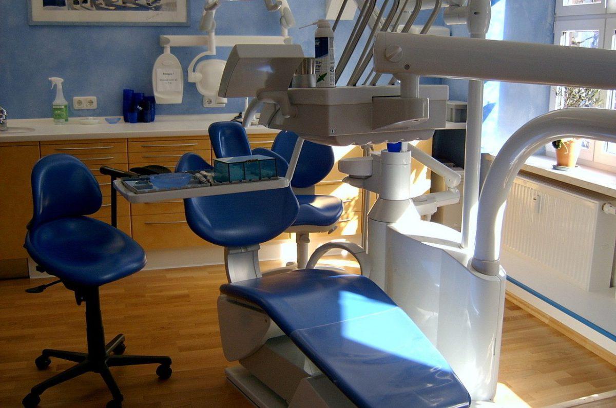 Zamki w aparatach ortodontycznych